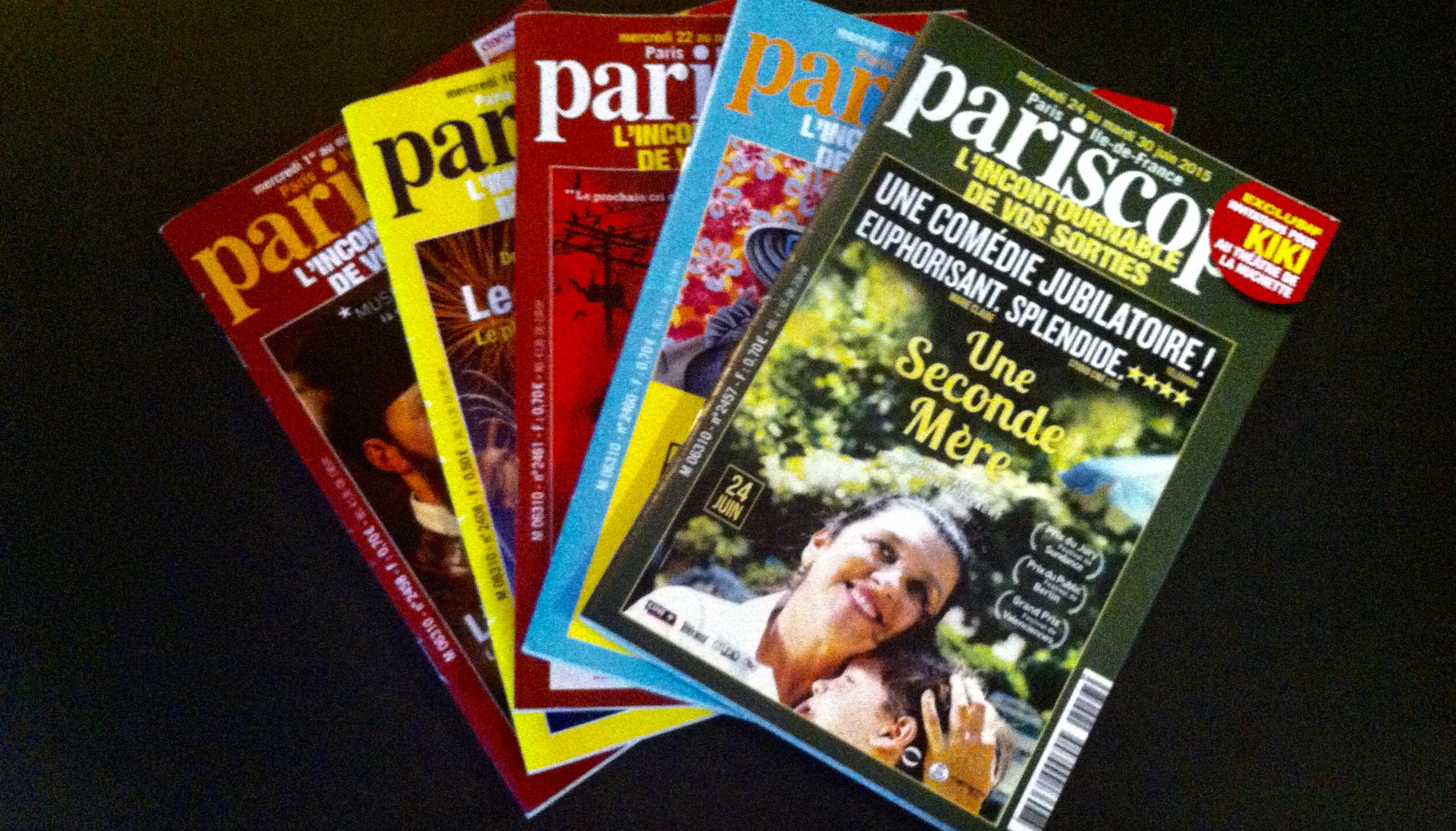 Pariscope magazines